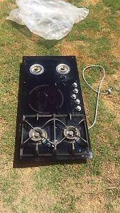 Highland 5 burner cooktop Clarkson Wanneroo Area Preview
