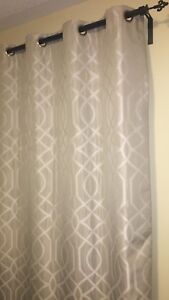 2 Pieces Silver Curtain