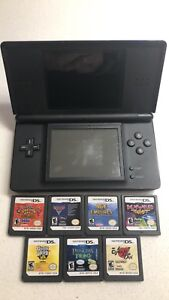 Nintendo DS lite with 7 games 2 stylus.