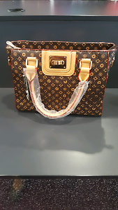 Ladies New handbag Acacia Ridge Brisbane South West Preview