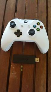 Xbox One S Wireless Controller/Wireless Adapter for PC Bray Park Pine Rivers Area Preview
