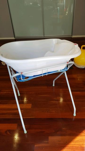O.K. BABY BATH TUB WITH STAND   Baths   Gumtree Australia Charles ...