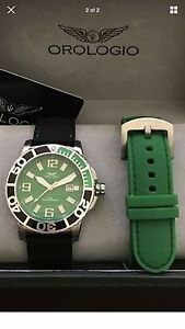 PRP $1,250 Authentic Orologio Bass Straight Collection Dt 200m Sport Roxburgh Park Hume Area Preview