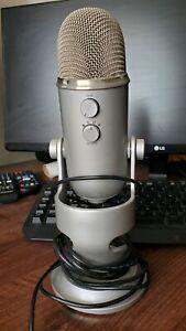 QUICK SALE! Blue Yeti Professional Microphone + Elgato HD60S