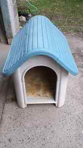 Dog house for a small medium size dog Southport Gold Coast City Preview