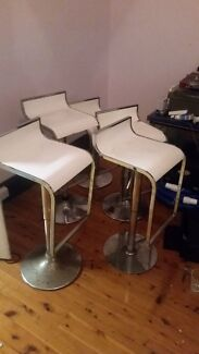 Bar stools, set of 5 Epping Ryde Area Preview