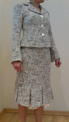 elegantes Damen Kostüm aus Jacke und Godetrock aus Bouclé