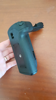 Battery Grip for Canon 5D Mk 3 Oxenford Gold Coast North Preview