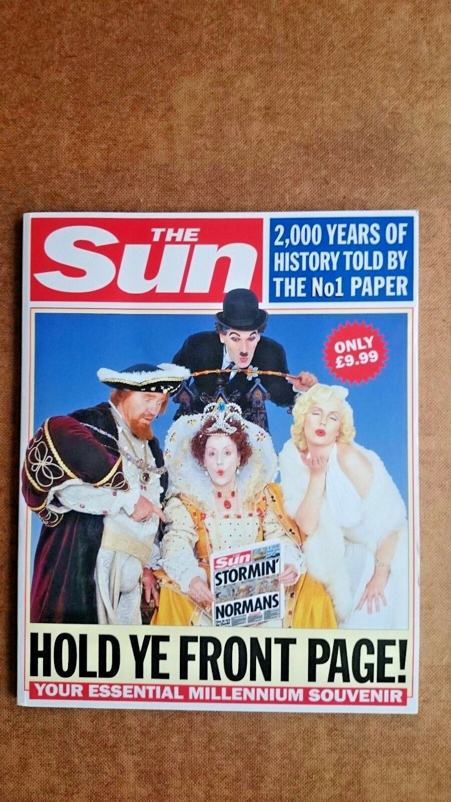The  Sun : Hold Ye Front Page - 2000 Years of History on the Front Page