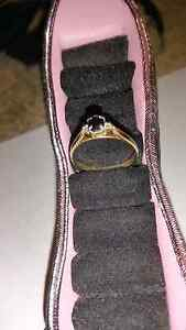 9ct gold ring with black stone Jamboree Heights Brisbane South West Preview