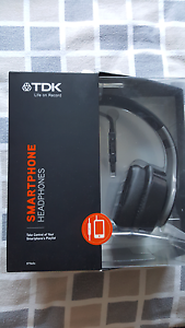 New TDK Smartphone Headphones ST506S  for sale! Maroubra Eastern Suburbs Preview