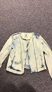 ZARA WOMENS ACID WASHED DENIM JACKET