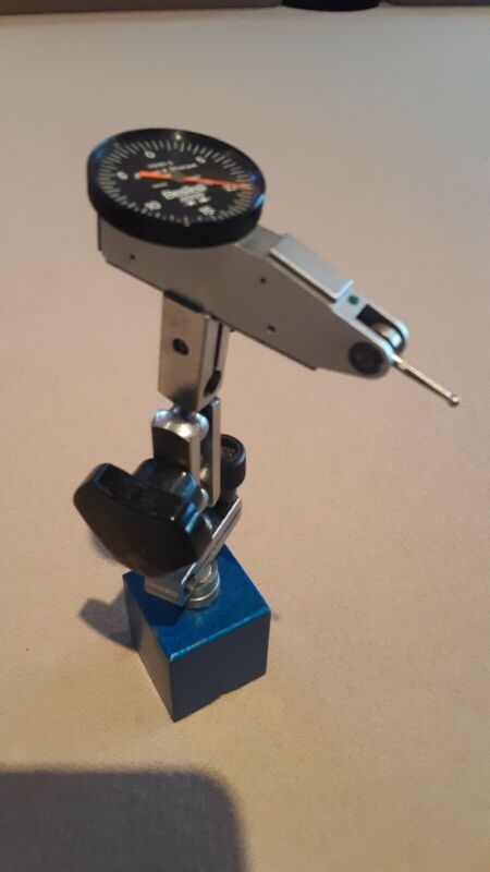 Brown and Sharpe Best test indicator & adjustable magnetic stand