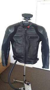 Dainese Newsan Pelle Mens Motorcycle Leather Jacket Black size 44 Southbank Melbourne City Preview