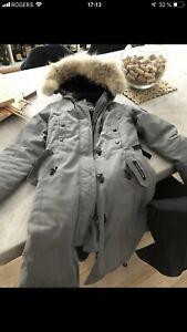 Canada Goose Parka pour femme manteau d'hivers small