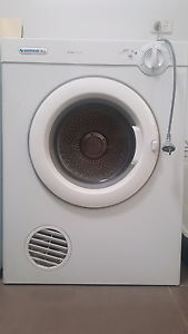 5kg simpson dryer Hamersley Stirling Area Preview