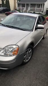 Ford five hundred AWD 90 000km 2007
