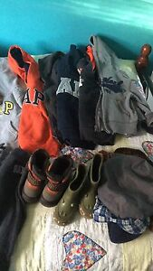 Sold ppl ****Size 2/3 boys clothes