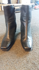 sandler genuine leather ankle boots 8B (38) Battery Point Hobart City Preview