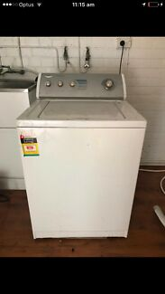 Whirlpool washing machine 7.5kg can deliver