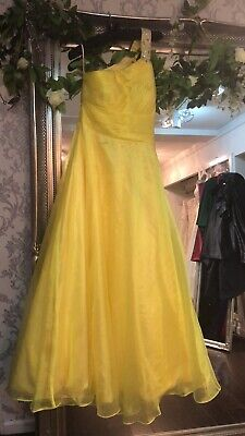 gowns for sale  Shipping to Nigeria