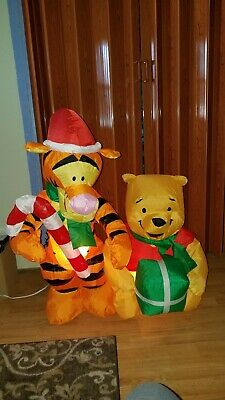 Gemmy Disney Winnie the Pooh and Tigger 4 ft Christmas Inflatable 2009