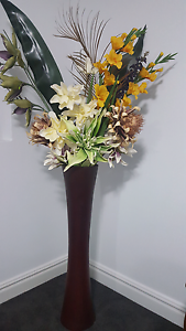 Extra large vase modern wood with artificial flowers decorations Brighton-le-sands Rockdale Area Preview