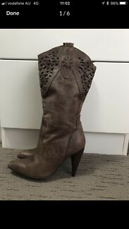 Glamour Puss Mid Leather Boot Brown - Sz 6 - Used