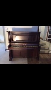 Gorgeous piano for SALE!