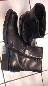 Kenneth Cole Black Leather Ankle Boots