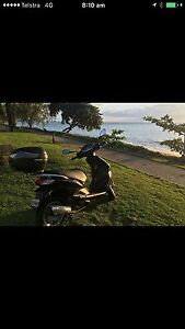 150 cc Fly ie Piaggio 2016, RWC, 694 kms, 2 seats Cairns Cairns City Preview