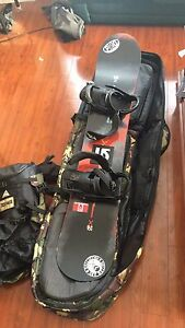 AWESOME SNOWBOARD PACKAGE. TONS OF EXTRAS!!!