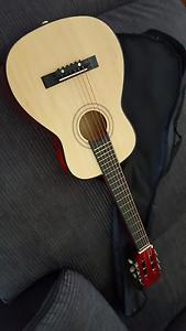 kids guitar Belmont North Lake Macquarie Area Preview