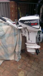 Second Hand Outboard Johnson 9.9 two stroke short shaft