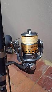 One SHIMANO SARAGOSA SERIES REEL SRG 5000F $250 Mount Lawley Stirling Area Preview