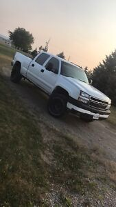 Looking for part out Chevy 2500 or 3500