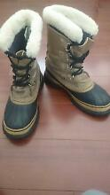 MEN'S SOREL CARIBOU SNOW BOOTS,  SIZE 9 US. The Oaks Wollondilly Area Preview