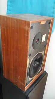 A pair of KEF CHORALE 8 Ohm