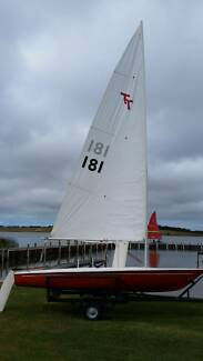 Sailing Boat Dinghy  fibreglass on excellent trailer.
