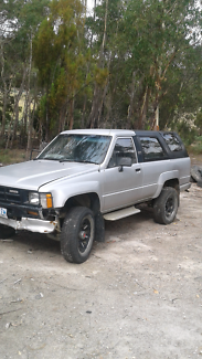 Hilux engines gear box and parts