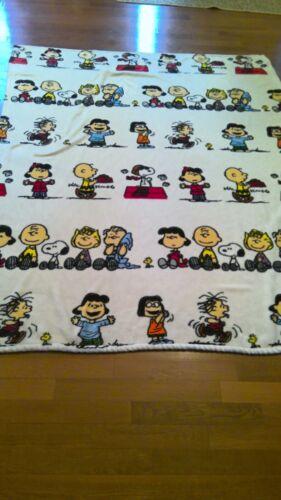 PEANUTS Berkshire soft Plush Throw Blanket  SNOOPY GANG  55x70 Nostalgic
