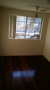 Large room for rent in Coorparoo Coorparoo Brisbane South East Preview