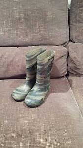 boys rubber boots/wellies size 1 Hackham Morphett Vale Area Preview
