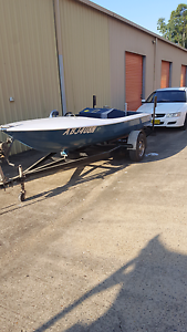 Ski boat for sale or swap Seven Hills Blacktown Area Preview