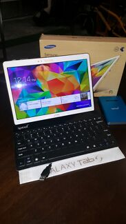 Samsung Galaxy tabS 10.5'', wifi, 4G and accesories Tarneit Wyndham Area Preview