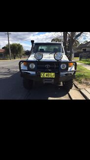 1995 TOYOTA LAND CRUISER  Old Guildford Fairfield Area Preview