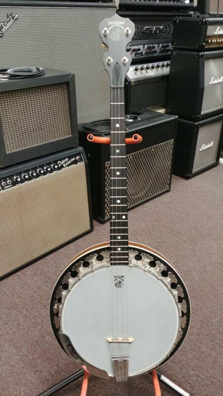 2006 Deering Boston 19 Fret Tenor Banjo USA
