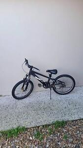 Boys kids giant bmx bike Mount Cotton Redland Area Preview