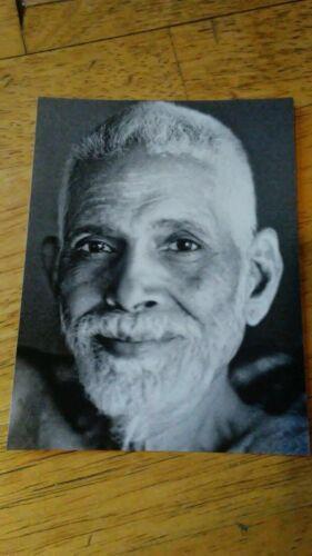"""🌹 BHAGAVAN RAMANA MAHARSHI GURU ARUNACHALA INDIA PHOTO 5"""" x 7"""" BLACK & WHITE 🌹"""
