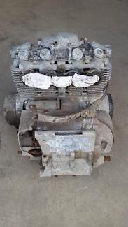 Honda CB500 Four Engine + Original Keihin Carburettors